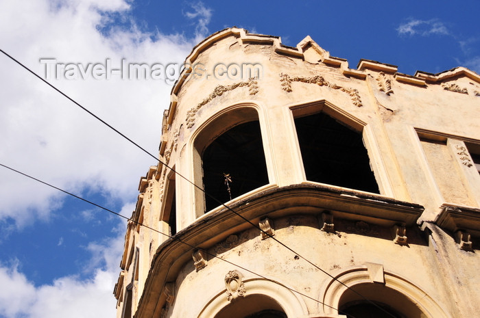 honduras58: Tegucigalpa, Honduras: derelict art deco façade on Cristobal Colón avenue - photo by M.Torres - (c) Travel-Images.com - Stock Photography agency - Image Bank