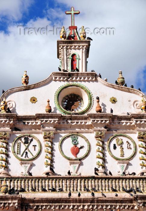 honduras66: Tegucigalpa, Honduras: sun and sacred heart of Jesus - facade of the Dolores church - iglesia de la Virgen de los Dolores - estilo barroco - photo by M.Torres - (c) Travel-Images.com - Stock Photography agency - Image Bank