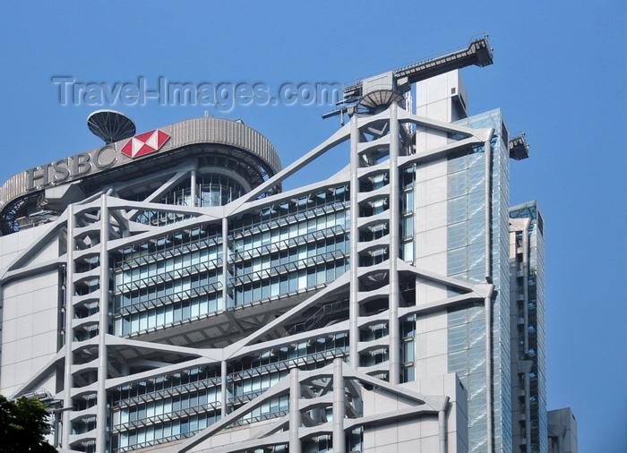hong-kong35: Chinese black Kite (Milvus migrans), Hong Kong, China. top of skyscraper - photo by B.Henry - (c) Travel-Images.com - Stock Photography agency - Image Bank