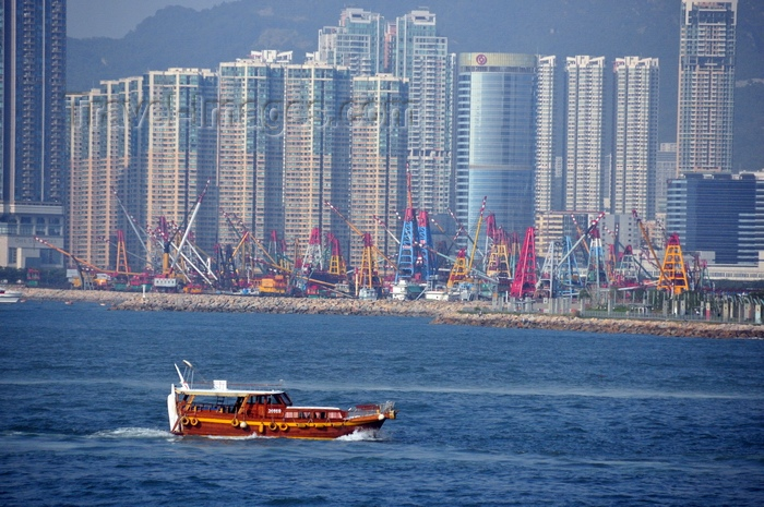 hong-kong7: Hong Kong: Star ferry, Day Star and Central district skyline - Victoria Harbour - photo by Peter Willis - (c) Travel-Images.com - Stock Photography agency - Image Bank