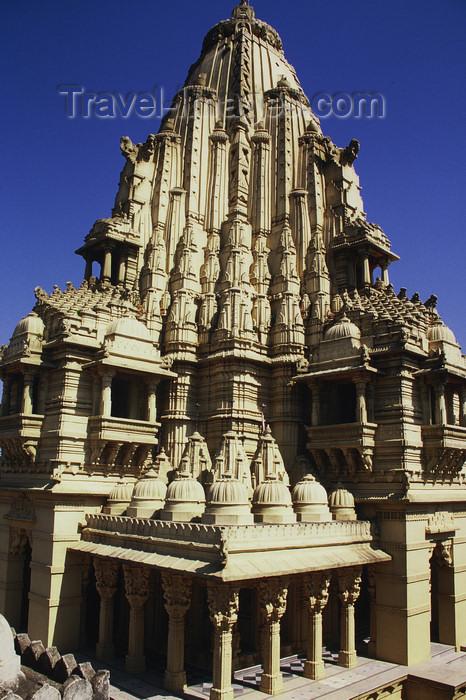 india111: India - Mount Abu, Rajasthan: Jain temple - photo by E.Petitalot - (c) Travel-Images.com - Stock Photography agency - Image Bank