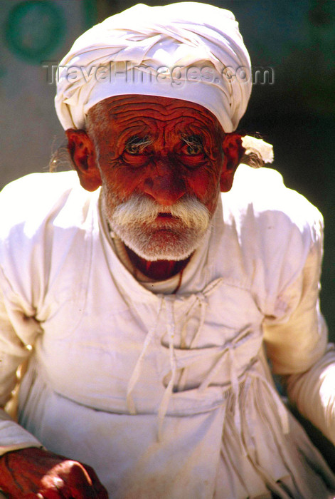 india112: India - Rajasthan: old man with deep wrinkles - photo by E.Petitalot - (c) Travel-Images.com - Stock Photography agency - Image Bank