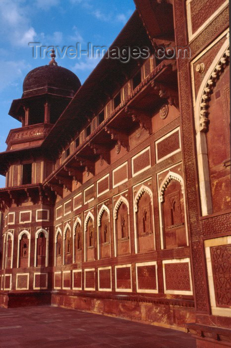 india170: India - Agra (Uttar Pradesh) / AGR: Emperor's palace - the fort (photo by Francisca Rigaud) - (c) Travel-Images.com - Stock Photography agency - Image Bank