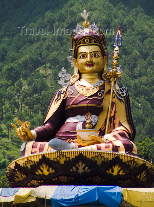 india183: Rewalsar, Himachal Pradesh, India: Buddhist statue- photo by J.Hernández - (c) Travel-Images.com - Stock Photography agency - Image Bank