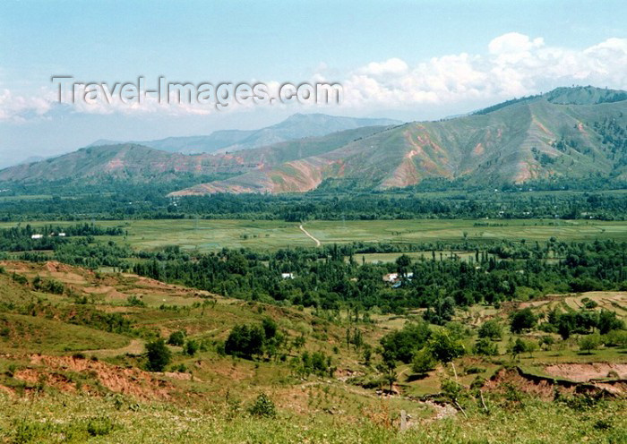 india184: India - hills of Kashmir - landscape (Jammu and Kashmir) (photo by J.Kaman) - (c) Travel-Images.com - Stock Photography agency - Image Bank