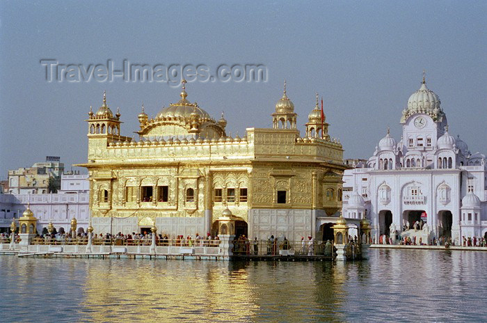 golden temple amritsar punjab. photo by J.Kaman india185: