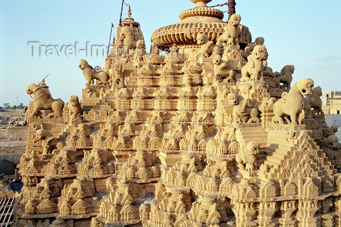 india215: India - Jaisalmer: Jain temple - photo by J.Kaman - (c) Travel-Images.com - Stock Photography agency - Image Bank