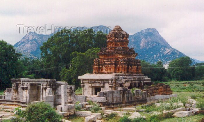 india22: India - Chandragiri (Andhra Pradesh): Hindu temple - photo by A.Slaczka - (c) Travel-Images.com - Stock Photography agency - Image Bank