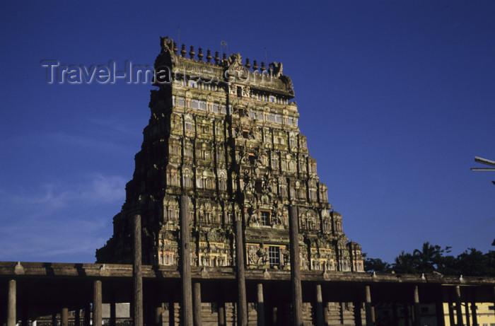 india24: India - Madurai (Tamil Nadu): Minakshi / Meenakshi temple - Gopuram - photo by W.Allgöwer - (c) Travel-Images.com - Stock Photography agency - Image Bank