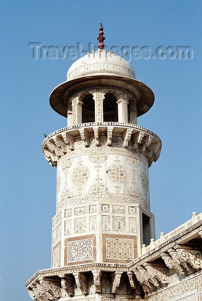 india262: India - Agra: Mausoleum Itimad-ud-Daulah - Marble tower (photo by J.Kaman) - (c) Travel-Images.com - Stock Photography agency - Image Bank