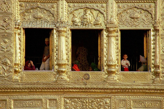 india264: India - Amritsar (Punjab): the Golden temple - detail - windows (photo by J.Kaman) - (c) Travel-Images.com - Stock Photography agency - Image Bank