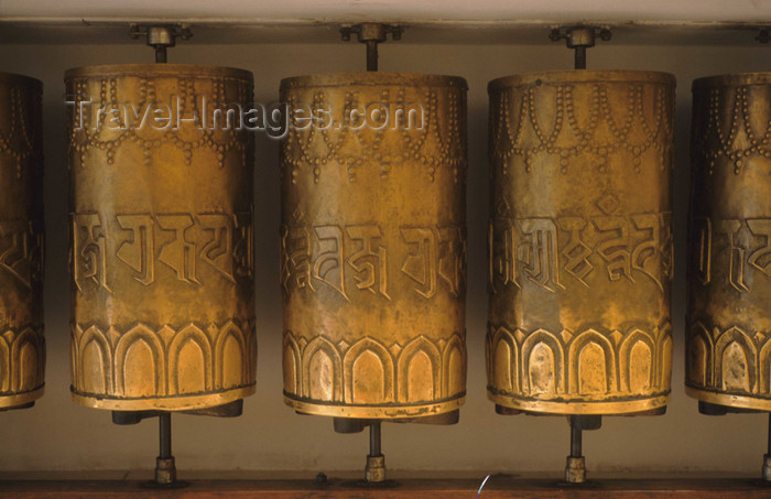 india291: India - Dharamsala (Himachal Pradesh): prayer wheels - Buddhist temple - photo by W.Allgöwer - (c) Travel-Images.com - Stock Photography agency - Image Bank