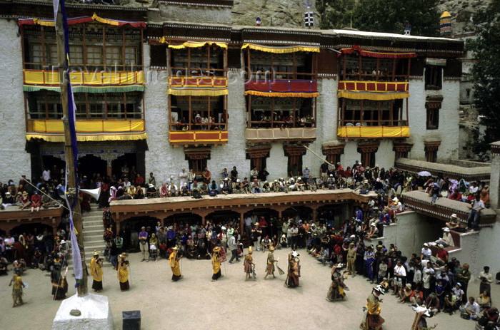 india324: India - Ladakh - Jammu and Kashmir - Hemis monastery: religious masked dance - Drukpa Buddhism - photo by W.Allgöwer - (c) Travel-Images.com - Stock Photography agency - Image Bank