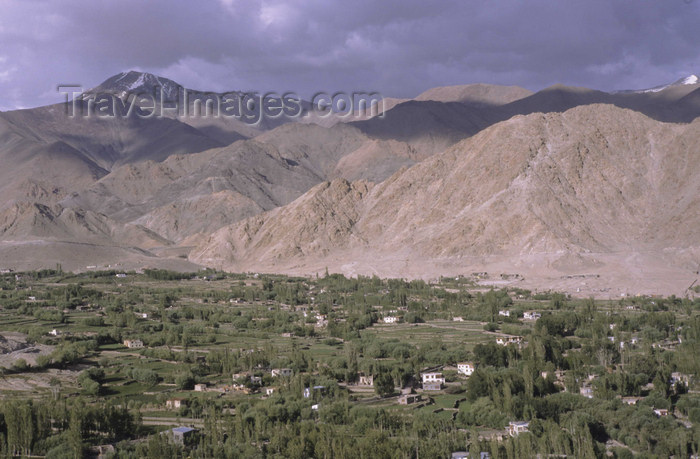 india328: India - Ladakh - Jammu and Kashmir - Leh: the capital of 'Little Tibet' seen from above - photo by W.Allgöwer - (c) Travel-Images.com - Stock Photography agency - Image Bank
