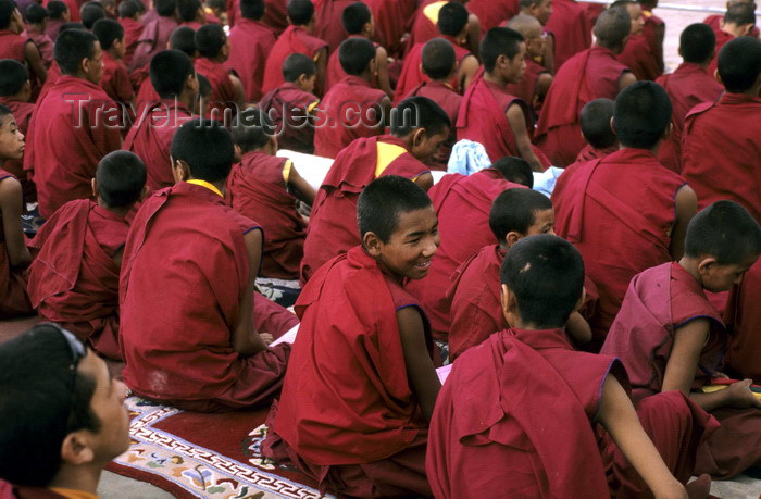 india334: India - Ladakh - Jammu and Kashmir: monks and novices - religion - Buddhism - photo by W.Allgöwer - (c) Travel-Images.com - Stock Photography agency - Image Bank