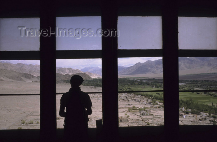india335: India - Ladakh - Jammu and Kashmir - Tikze: view from the monastery towards the Indus valley - photo by W.Allgöwer - (c) Travel-Images.com - Stock Photography agency - Image Bank
