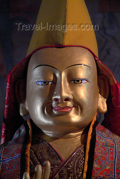 india339: India - Ladakh - Jammu and Kashmir: Buddha with hat - photos of Asia by Ade Summers - (c) Travel-Images.com - Stock Photography agency - Image Bank