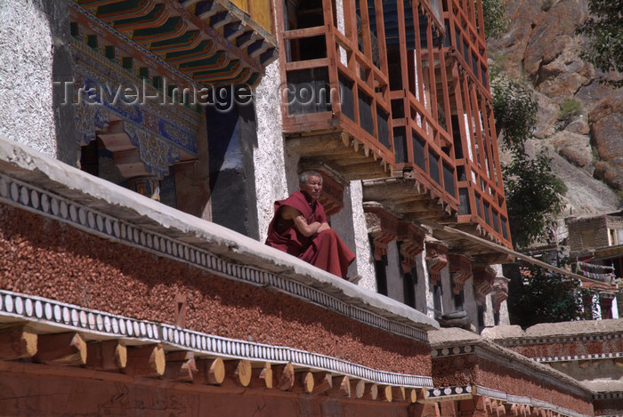 india355: India - Ladakh - Jammu and Kashmir: Tikse gompa - monk on the façade - photos of Asia by Ade Summers - (c) Travel-Images.com - Stock Photography agency - Image Bank