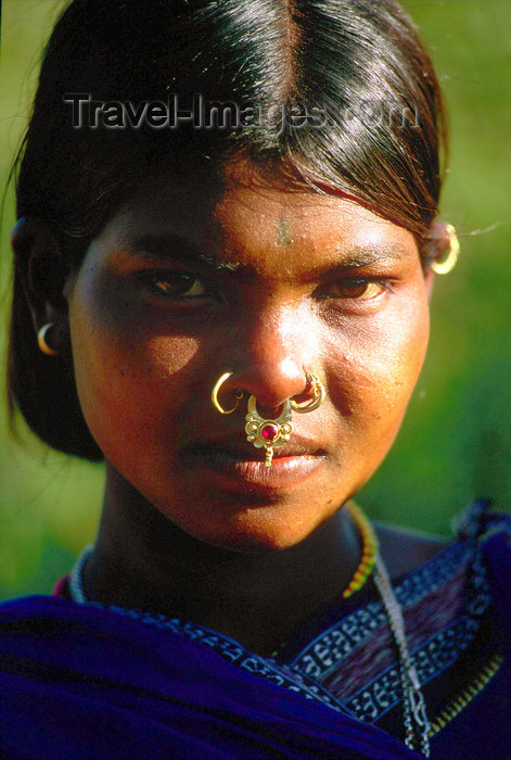 india362: Orissa, India: a girl with pierced nose - Bonda people - photo by E.Petitalot - (c) Travel-Images.com - Stock Photography agency - Image Bank