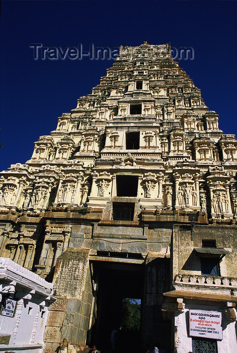 india385: India - Hampi, Karnataka: Hindu temple - Gopuram  - photo by E.Petitalot - (c) Travel-Images.com - Stock Photography agency - Image Bank