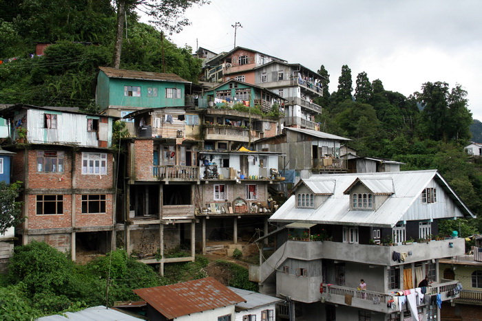 india398: India - West Bengal - Darjeeling: living on the hills - photo by M.Wright - (c) Travel-Images.com - Stock Photography agency - Image Bank