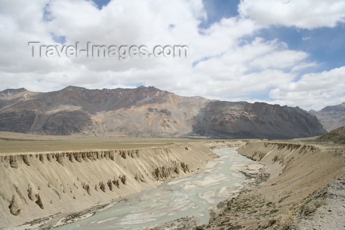 india409: India - Manali to Leh highway: river view - photo by M.Wright - (c) Travel-Images.com - Stock Photography agency - Image Bank