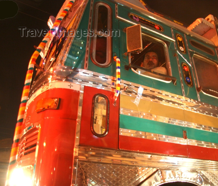 india418: Chandigarh - India: decorated truck - nocturnal - photo by J.Cave - (c) Travel-Images.com - Stock Photography agency - Image Bank