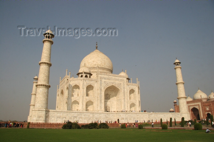 india431: Agra, UP, India: Taj Mahal - UNESCO World Heritage site - photo by J.Cave - (c) Travel-Images.com - Stock Photography agency - Image Bank
