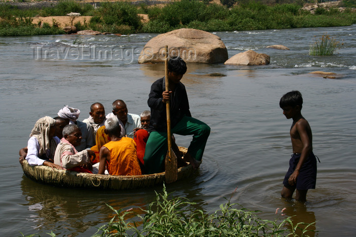 india437: Hampi, Karnataka, India: crossing the Tungabhadra River on a large pan - photo by M.Wright - (c) Travel-Images.com - Stock Photography agency - Image Bank