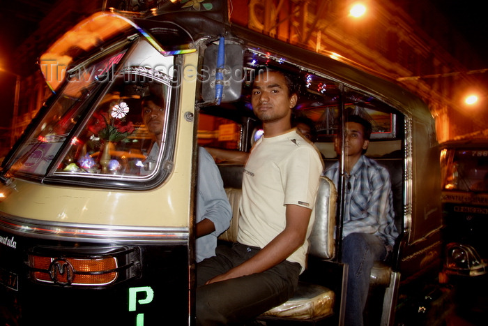 india476: Calcutta / Kolkata, West Bengal, India: disco autorickshaw - nocturnal - Chowringhee - photo by G.Koelman - (c) Travel-Images.com - Stock Photography agency - Image Bank