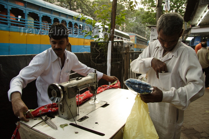 india482: Calcutta / Kolkata, West Bengal, India: street tailor sewing - photo by G.Koelman - (c) Travel-Images.com - Stock Photography agency - Image Bank