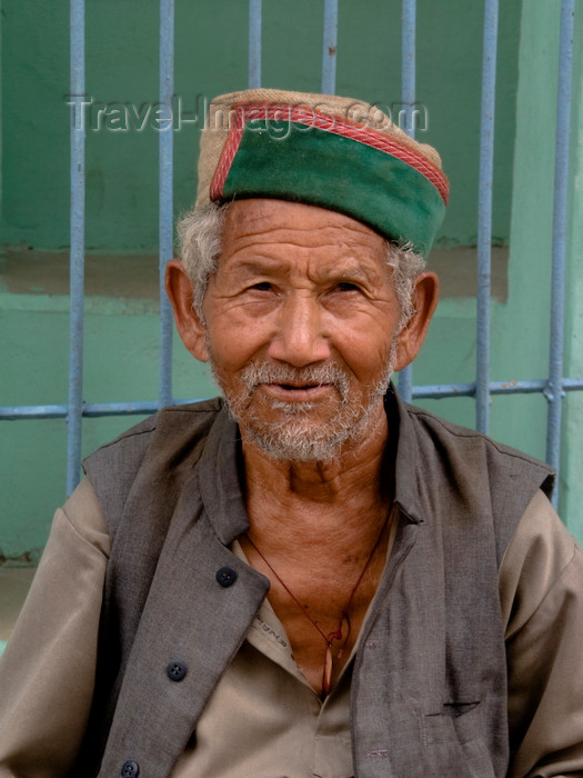 india497: Rewalsar, Himachal Pradesh, India: old man - photo by J.Hernández - (c) Travel-Images.com - Stock Photography agency - Image Bank