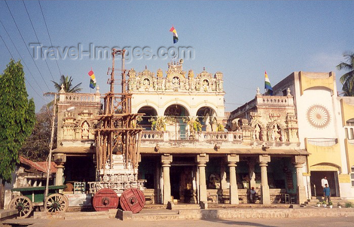 india59: India - Sravanabelagola: Jain temple  (photo by Miguel Torres) - (c) Travel-Images.com - Stock Photography agency - Image Bank