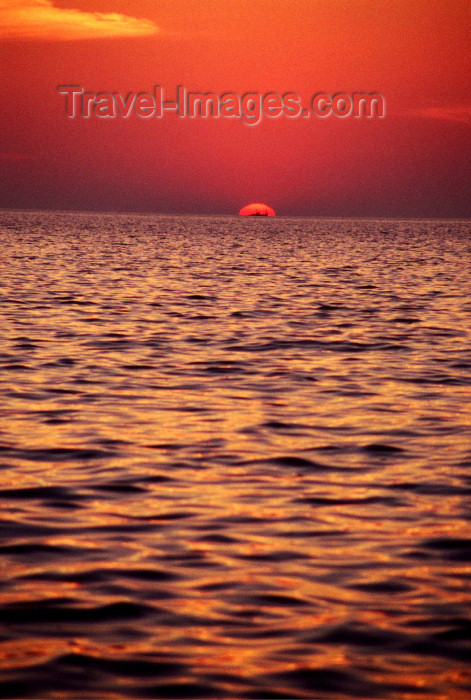 india69: Goa, India: sunset on the Arabian sea with a ship just in front of the sun - from Goa beach - photo by E.Petitalot - (c) Travel-Images.com - Stock Photography agency - Image Bank