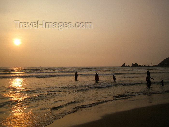 india70: Goa, India: Arambol Beach - late afternoon in the beach - photo by R.Resende - (c) Travel-Images.com - Stock Photography agency - Image Bank