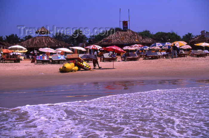 india74: India - Goa: Baga beach - from the sea - photo by T.Brown - (c) Travel-Images.com - Stock Photography agency - Image Bank