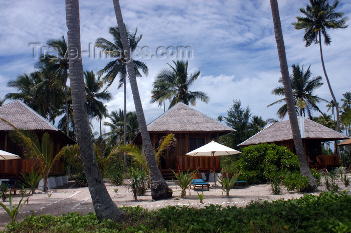 indonesia102: Pulau Tolandono, Wakatobi archipelago, Tukangbesi Islands, South East Sulawesi, Indonesia: bungalows at Wakatobi resort - Banda Sea - Wallacea - photo by D.Stephens - (c) Travel-Images.com - Stock Photography agency - Image Bank