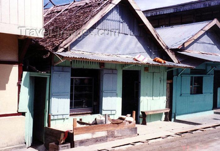 indonesia57: Indonesia - Dobo island (Aru islands, Molucas): main street - photo by G.Frysinger - (c) Travel-Images.com - Stock Photography agency - Image Bank