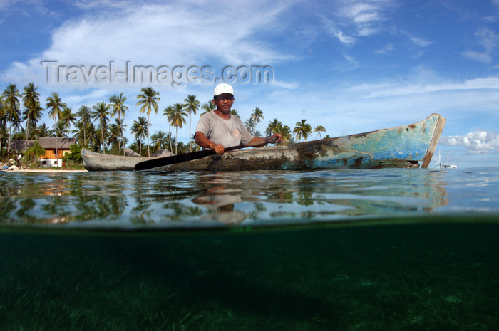 indonesia81: Pulau Tolandono, Wakatobi archipelago, Tukangbesi Islands, South East Sulawesi, Indonesia: log canoe and local man at sea - Banda Sea - Wallacea - photo by D.Stephens - (c) Travel-Images.com - Stock Photography agency - Image Bank
