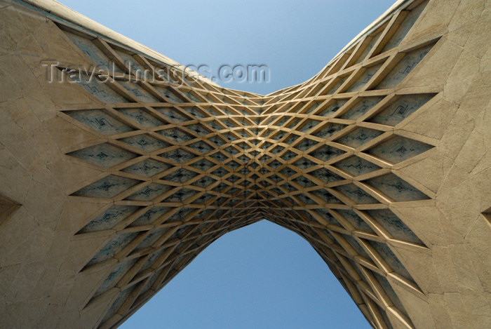 iran116: Iran - Tehran - Shahyaad Monument - Azadi square - below the arch - photo by M.Torres - (c) Travel-Images.com - Stock Photography agency - Image Bank