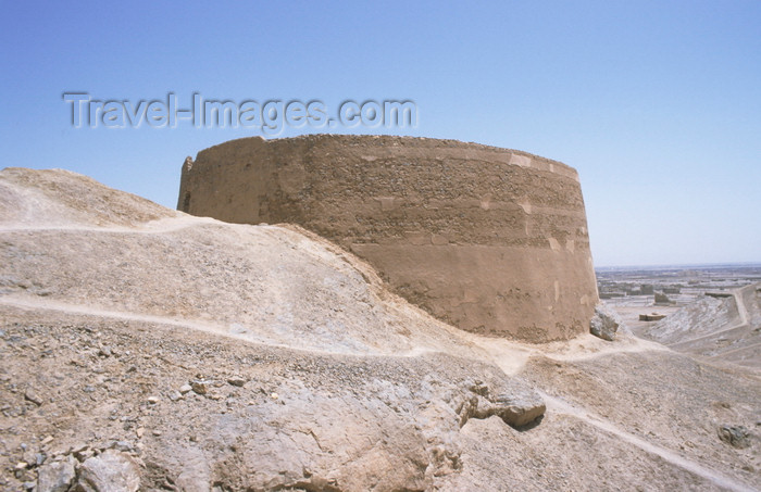 iran137: Iran - Yazd: tower of silence or Dakhmeh and the desert - photo by W.Allgower - (c) Travel-Images.com - Stock Photography agency - Image Bank