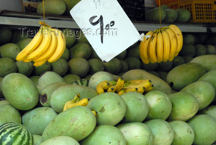 iran156: Iran - Shiraz: fruit shop - watermelons - photo by M.Torres - (c) Travel-Images.com - Stock Photography agency - Image Bank