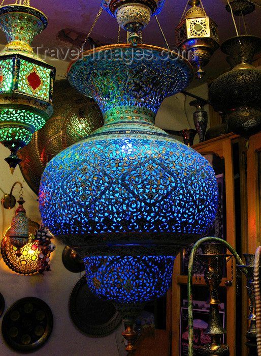 iran17: Isfahan / Esfahan - Iran: lamp - lights in a speciality shop - photo by N.Mahmudova - (c) Travel-Images.com - Stock Photography agency - Image Bank