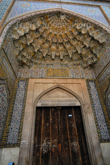 iran188: Iran - Shiraz: entrance to the Vakil Mosque at the Vakil bazaar - Masjed-e Vakil - photo by M.Torres - (c) Travel-Images.com - Stock Photography agency - Image Bank
