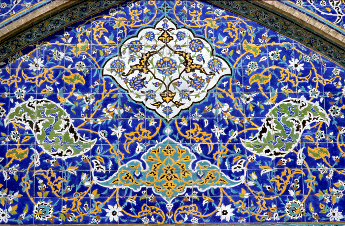 iran20: Iran - Isfahan: Mosque - Sheikh Lotf Allah Mosque - floral tiles - detail - photo by W.Allgower - (c) Travel-Images.com - Stock Photography agency - Image Bank