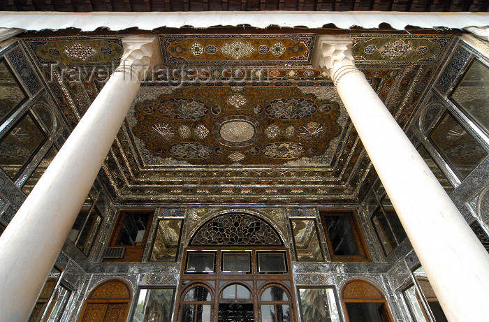 iran208: Iran - Shiraz: columns - Qavam House - Narenjestan e Qavam - photo by M.Torres - (c) Travel-Images.com - Stock Photography agency - Image Bank