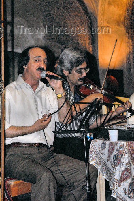 iran215: Iran - Shiraz: Iranian music ensemble performs at the Vakil baths, now a restaurant - photo by M.Torres - (c) Travel-Images.com - Stock Photography agency - Image Bank