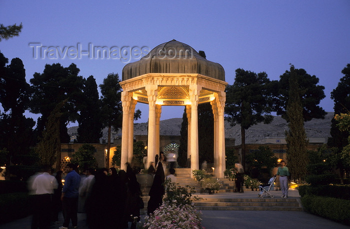 iran217: Iran - Shiraz: Mausoleum of the poet Hafez at night - Musalla Gardens - photo by W.Allgower - (c) Travel-Images.com - Stock Photography agency - Image Bank