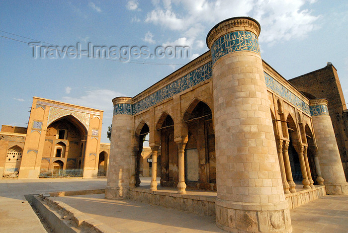 iran235: Iran - Shiraz: the Old Friday Mosque - Masjed-e-Ja'ame'e Atigh - referred to in the writings of Ibn Battuta - photo by M.Torres - (c) Travel-Images.com - Stock Photography agency - Image Bank