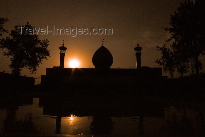 iran247: Iran - Shiraz: Shah-e-Cheragh mausoleum - sunset - photo by M.Torres - (c) Travel-Images.com - Stock Photography agency - Image Bank